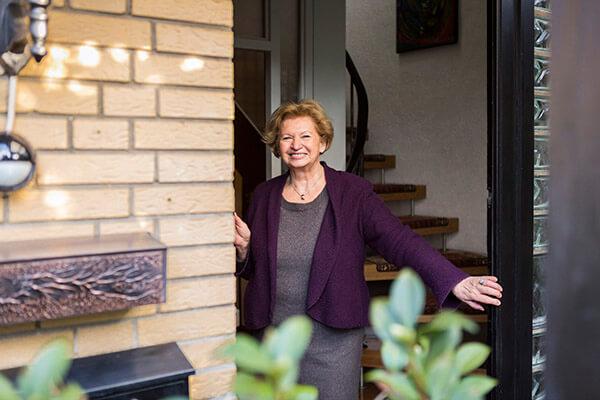 Die Immobilienrente derDeutschen Leibrenten AG ermöglichte es Renate Müller in ihrem Haus bis zu ihrem Lebensende wohnen zu bleiben