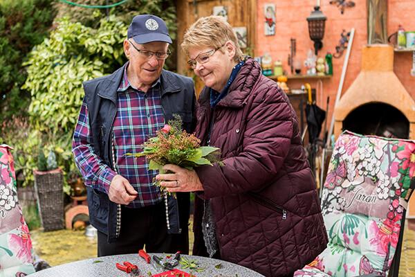 Renate und Dieter von Lom berichten über ihre positiven Erfahrungen mit der Deutschen Leibrenten AG
