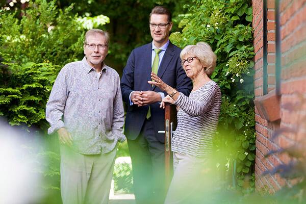Abgesichert bis zum Lebensende. Die Immobilienrente der Deutschen Leibrente half Regina und Uwe Merres dabei ihr Haus behalten zu dürfen