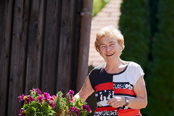 Elisabeth Siepmann ist nun abgesichert und sorgenlos. Dies hat sie der Deutschen Leibrenten AG zu verdanken.