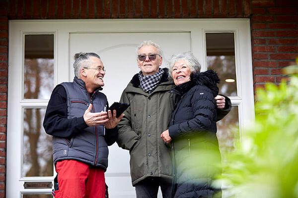 Familie Schramm berichtet über die positiven Erlebnisse mit der Deutschen Leibrenten AG.