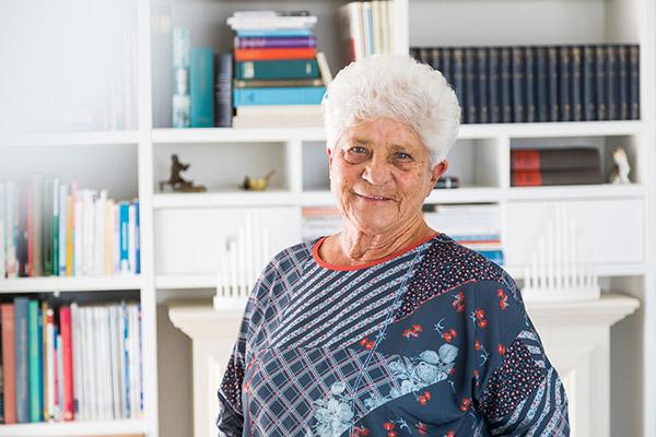 Für Renate Lechner ist die Deutsche Leibrenten AG wirklich gut. Sie ist sehr zufrieden.