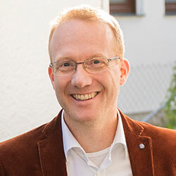 Stefan Wolf
