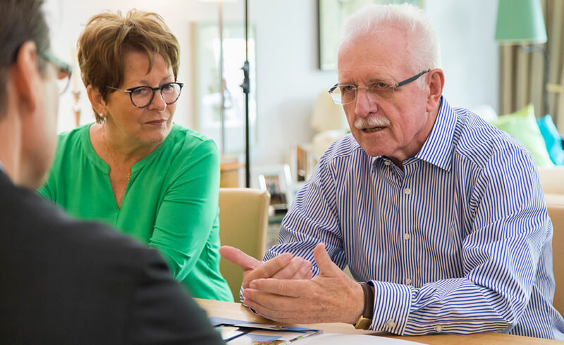 Senioren werden zur Immobilienrente beraten